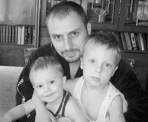 Станислава Илюшкина дома ждут двое сыновей.