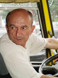 Водитель Григорий: - Как можно лишить людей транспорта!