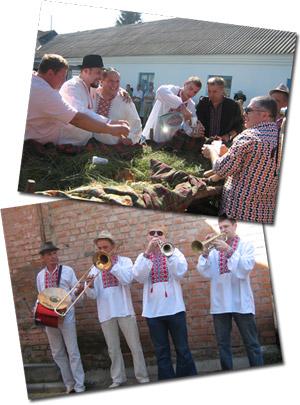 На украинской свадьбе играли «музыки» и рекой лился самогон.