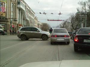 Больше машин – больше аварий.