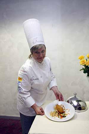Валентина Осадчая уже знает, чем накормит патриархов.