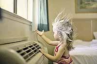 - А у меня свой, домашний ветер!