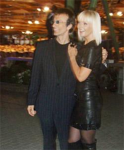 Валерия сменила полного продюсера Пригожина на стройного Робина Гибба из группы Bee Gees.