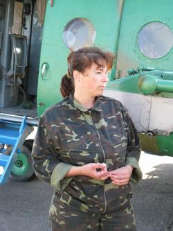 Наталья Рожкова: - Прыгать с парашютом проще, чем спасать.