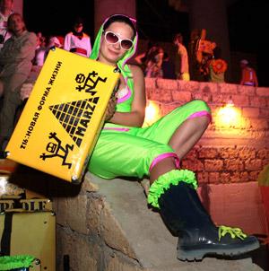 Есть желтый чемодан? Заходи бесплатно.