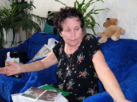 Мама Лады Вера Константиновна: - Заметая следы, этот подонок облил тело моей девочки кислотой.