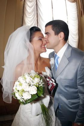 Ксюша и Анзор решились на свадьбу очень быстро. И они счастливы!