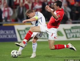 Ребров (слева) забил победный гол «Спартаку» в легендарном матче 1994 года.