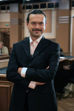 Остап Ступка хоть и актер, но прославился, засветившись на ТВ.