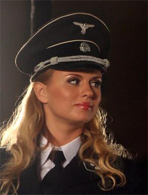 Истинная арийка Аня Семенович.