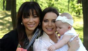 Подкопаева назвала дочь Каролиной в честь кумы Ани Лорак.