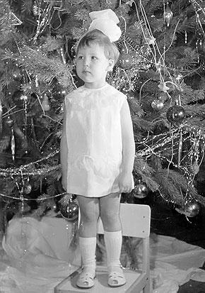 30 с лишним лет назад на утреннике в детском саду. Кто бы мог подумать, что из хрупкой девочки вырастет призер Олимпиады!