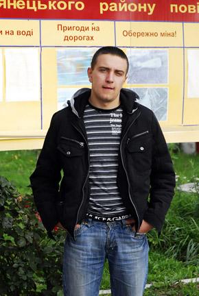 Петр Гринченко, родной дядя мальчика, бросился в колодец не раздумывая.