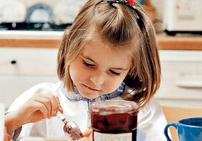 - Моя бабушка на моем здоровье не экономит - варенье варит только из хороших ягод!