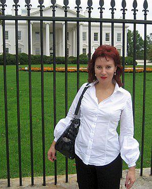 Даша Асламова тоже гадает, кто войдет в Белый дом.